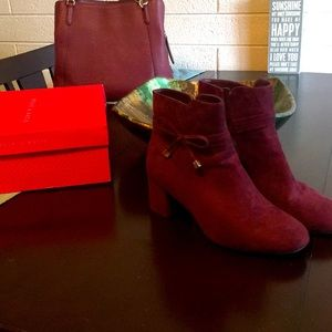 Kelly and Katie Burgundy Booties Size 10